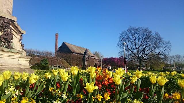 Britain in bloom spring flowers in Shakespeare's Stratford-upon-Avon