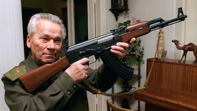 Mijaíl Kaláshnikov creador del fusil ak47 1