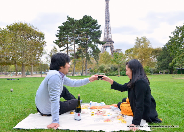 Secret Picnic in Paris