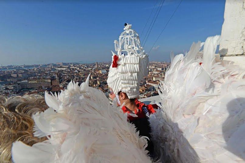 Carnevale di Venezia Foto: Volo dell'Angelo su Piazza San Marco con Elisa Costantini
