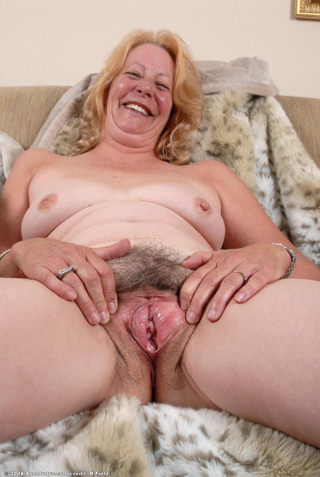 большие пизды бабушек бесплатно фото