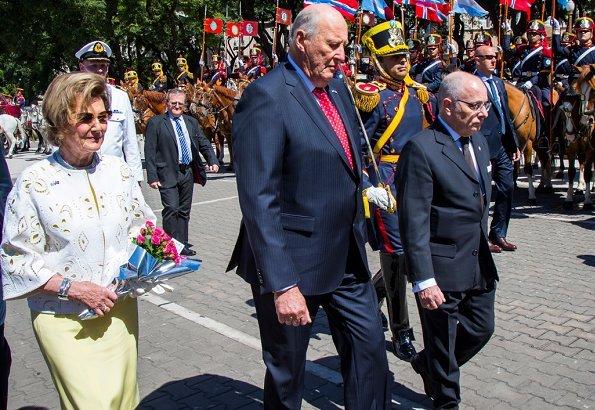 Argentina's President Mauricio Macri and First Lady Juliana Awada. King Harald and Queen Sonja