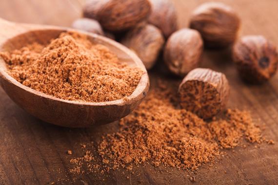 Ground nutmeg