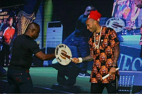 Thierry-Henry-crowned-Igwe-of-football-in-Nigeria-4