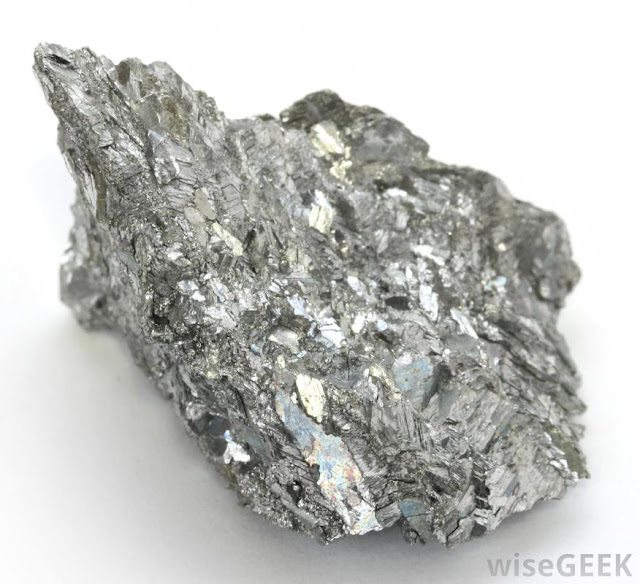 A New Kind of Metal in the Deep Earth