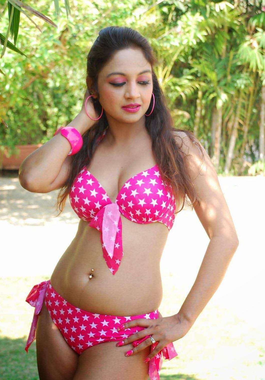 marisa verma hot bikini photoshoot hd wallpaper download