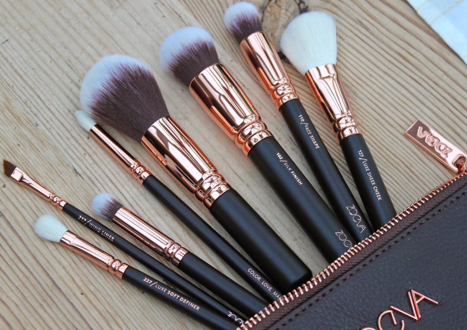 7ac17de34ae77 BEAUTY   LE CHIC  Good as Gold! Zoeva Rose Gold Makeup Brush Set