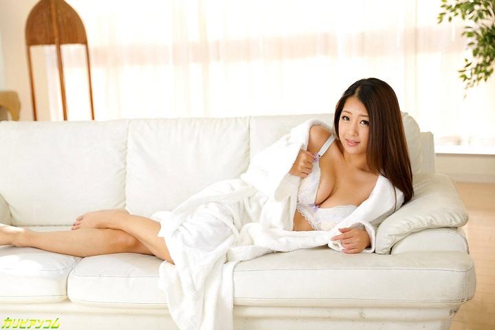 Koleksi Foto-foto Hot dan Seksi Satomi Suzuki