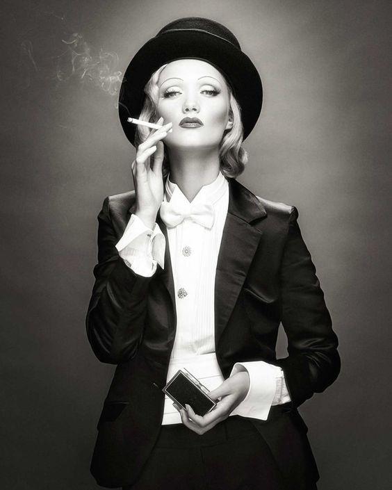 """Cartoline """"Vintage"""" Marlene%2BDietrich."""