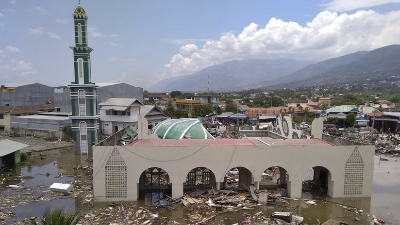 Earthquake Tsunami Indonesia 7 5 Sep 28 2018 Terremoto Indonesia 7 5 Palu Parte 2