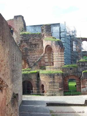 Kaiserthermen, portão medieval de Trier