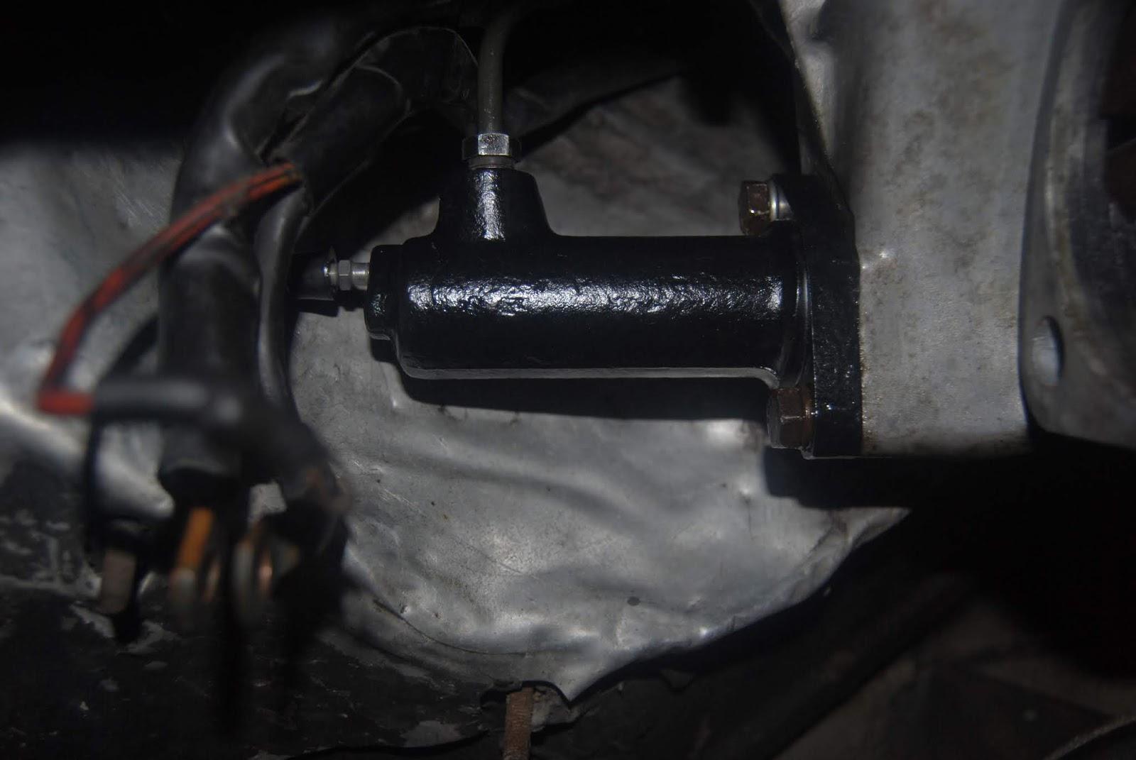 944 clutch master cylinder rebuild kit