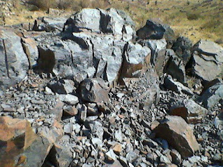 Iron Ore from Rajasthan, jaipur, bhilwara, magnetite, hametite, boulder, Specific gravity iron ore, high density iron ore