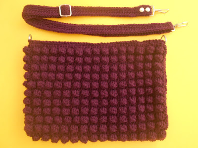 crochet-crosia-Crochet-Bobble-Stitch-Purse-bag-shoulder bag-handwarmer-design-pattern-free-tutorial-picture-step by step-handmade-video