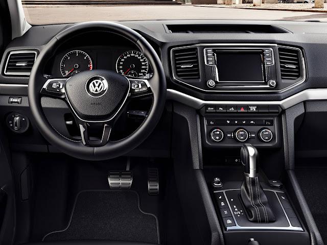 VW Amarok 2017 V6 3.0 - interior - painel