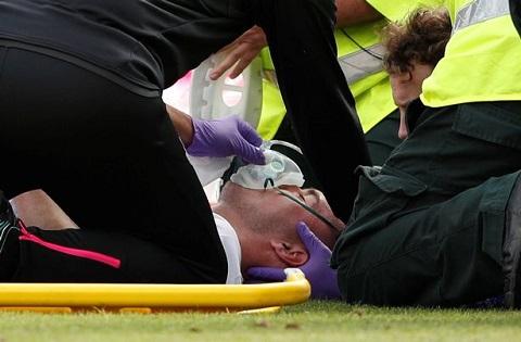Chấn thương khá nặng do va chạm với đồng đội