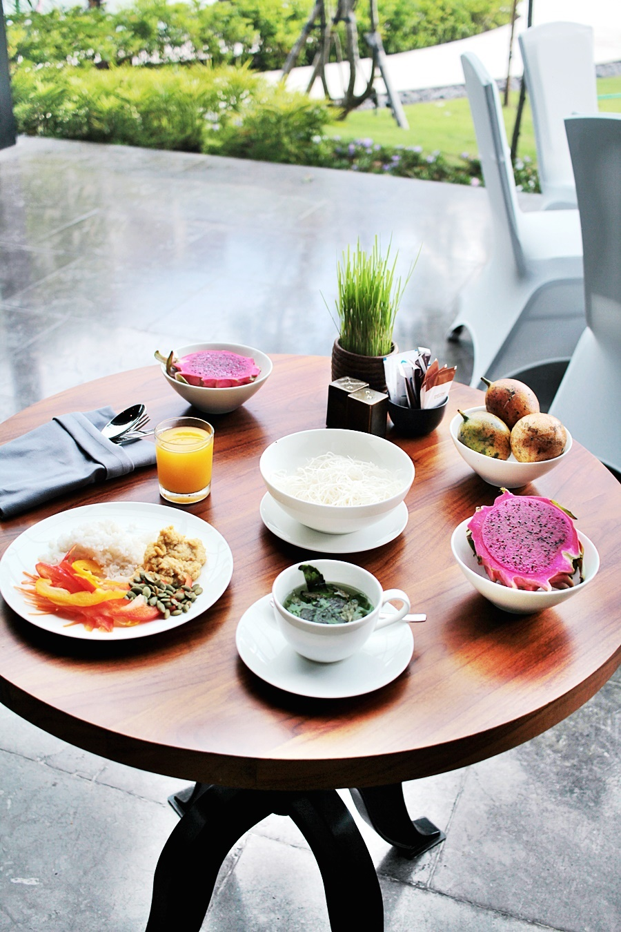 dragonfruit hotel breakfast