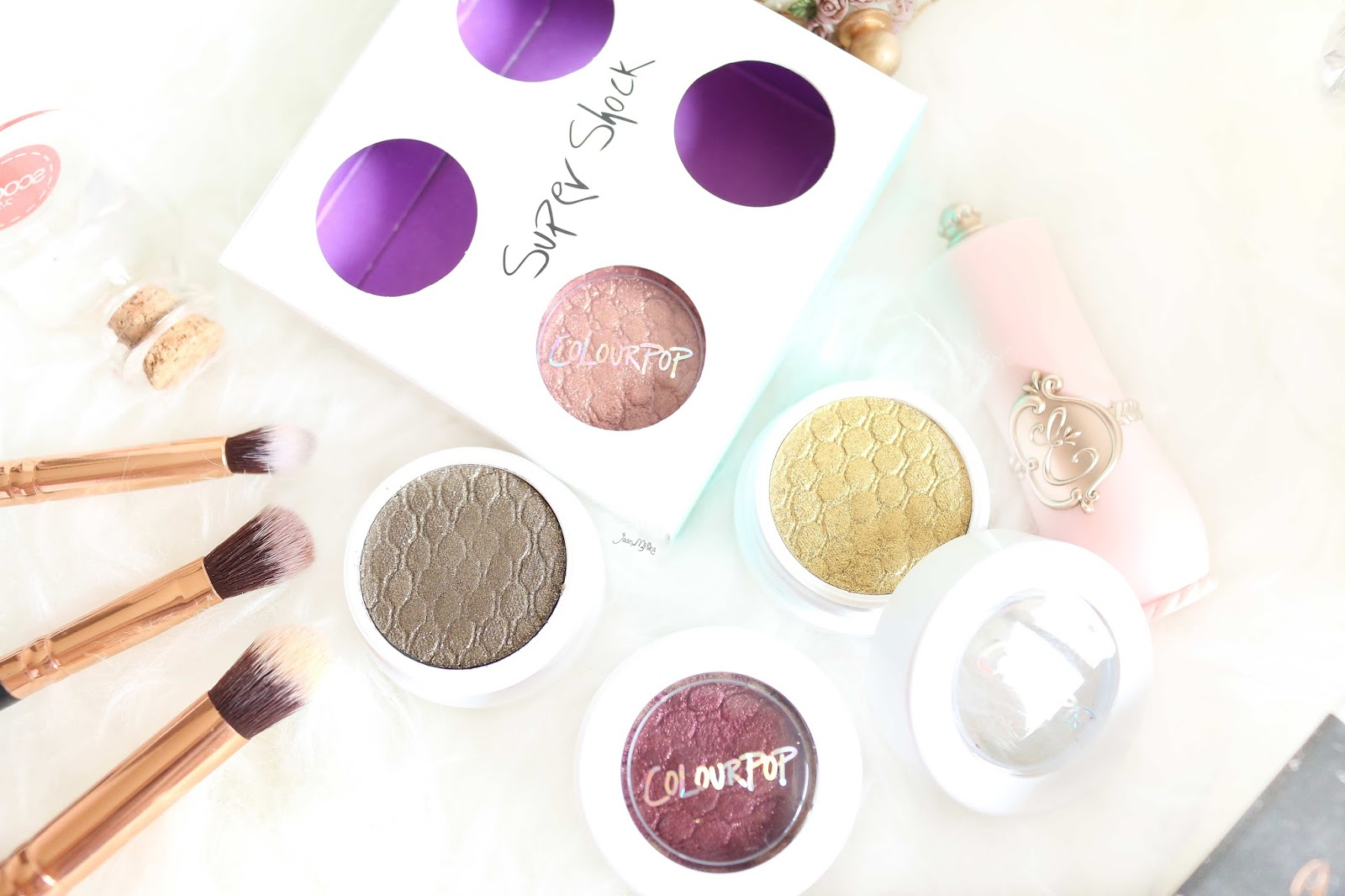 colourpop kathleen lights, colourpop, kathleen lights, where the night is, colourpop where the night is, review, swatch, eyeshadow, makeup murah, makeup untuk pemula, drugstore makeup, colourpop eyeshadow