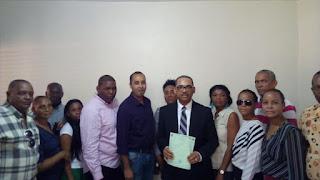 Carlos Ogando inscribe precandidatura a diputado en el PLD