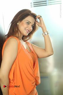 Actress Saloni Aswani Pos in Short Dress at Meelo Evaru Koteeswarudu Movie Interview  0262.JPG