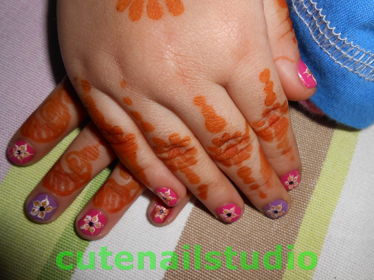 today I am sharing nail art I did on my daughter's nails for her aunt ...