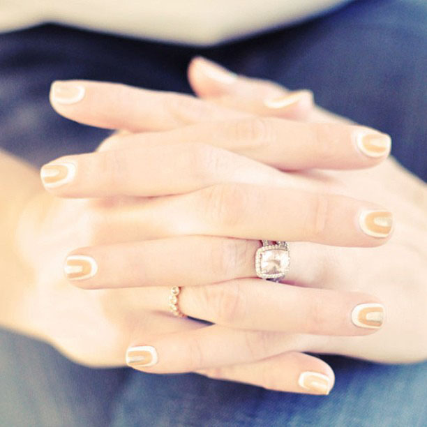 pale manicure, nails, rings