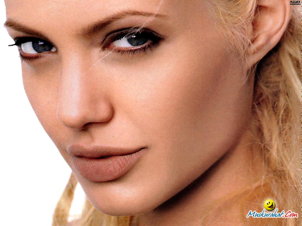 Angelina Jolie: Celebrity News And Gossips