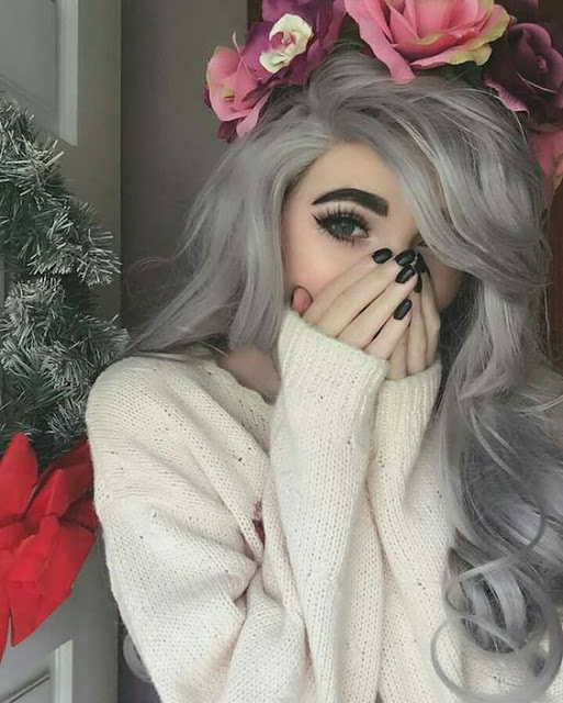 Trendy Hairstyles In BampW Silver And Platinum Shades