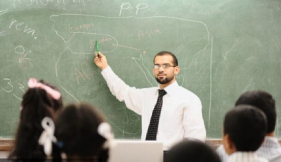أجرة عام توازي عشرين سنة عمل في المغرب!هذه الدول تعطي أعلى أجر للمعلمين فالعالم