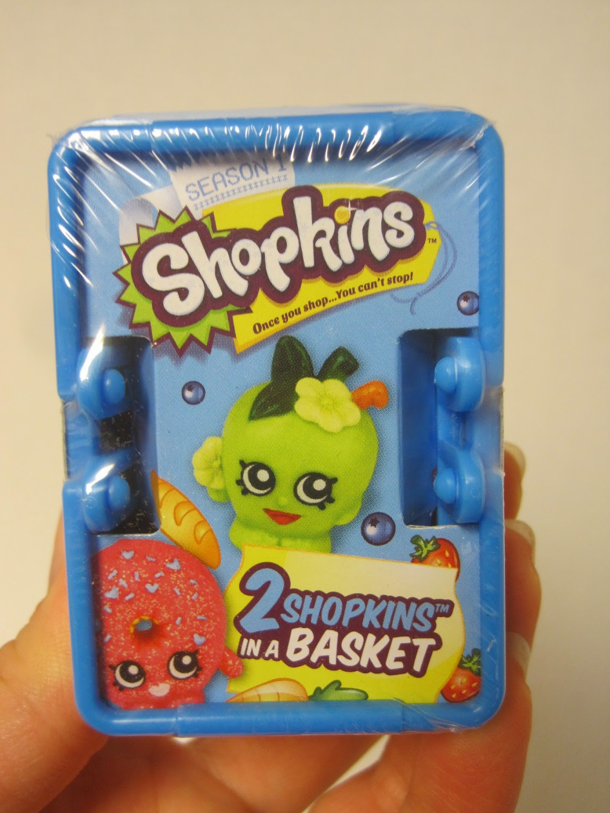 Never Grow Up A Mom S Guide To Dolls And More Shopkins Review