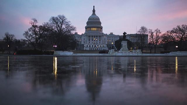 La Cámara de Representantes de EE.UU. aprueba una ley que prohíbe ayudar a Siria