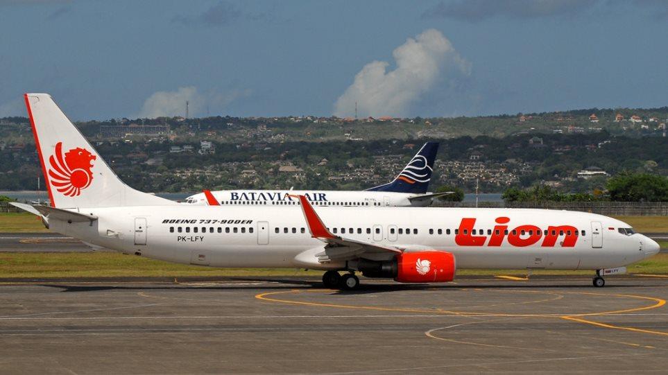 Συντριβή αεροσκάφους με 188 επιβάτες στην Ινδονησία