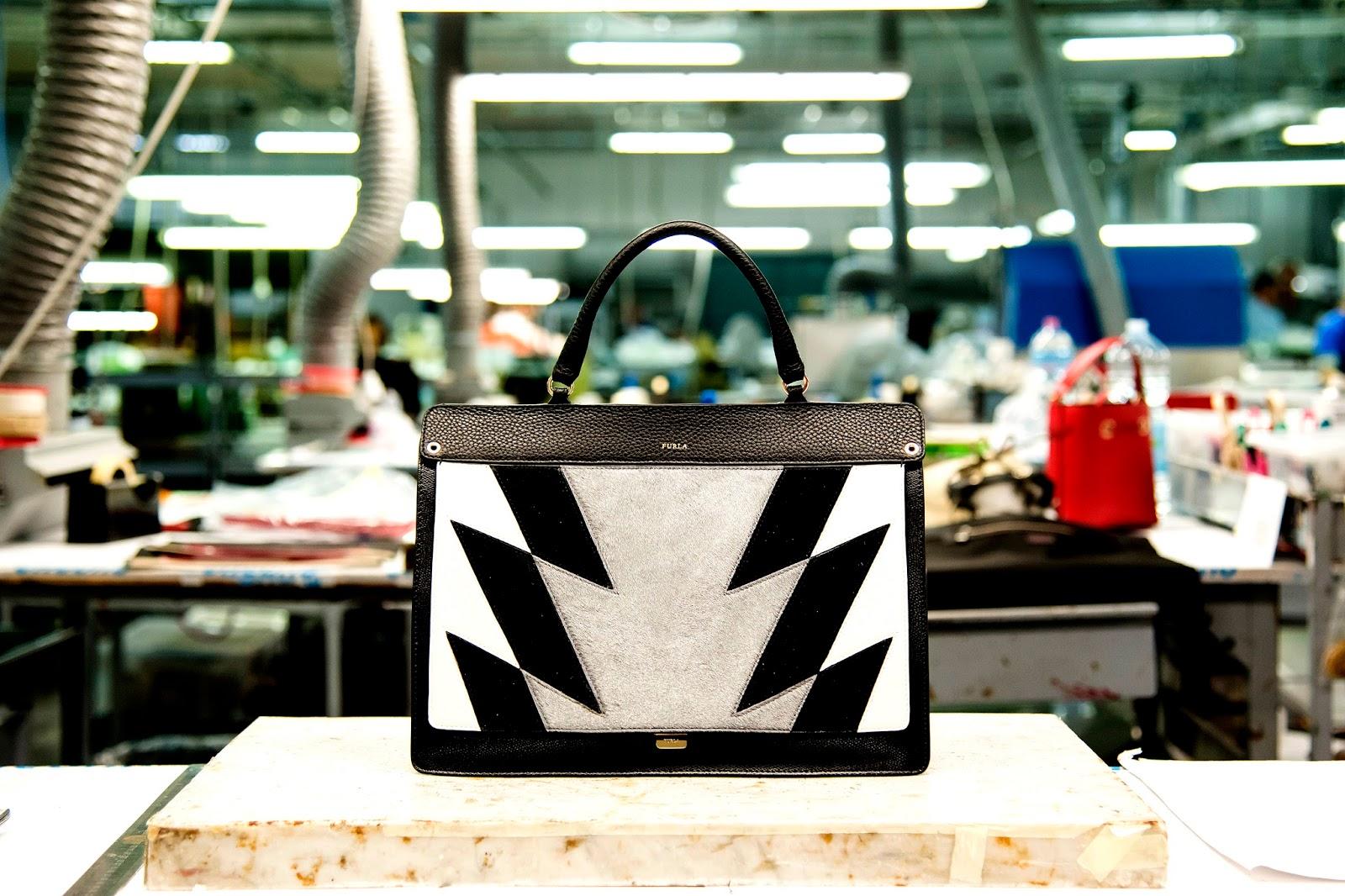 Like é a nova mala da Furla; Fashion Bags;