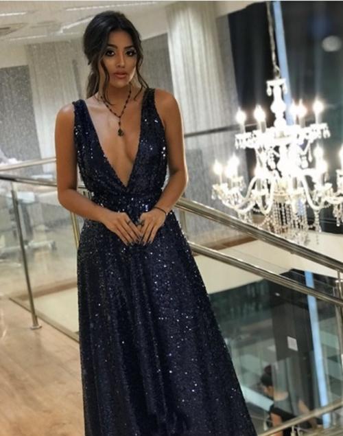 vestido azul marinho paetês