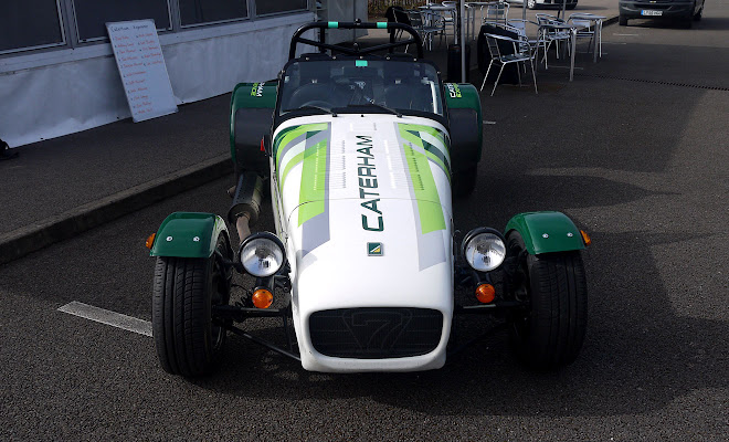 Caterham 7 blah