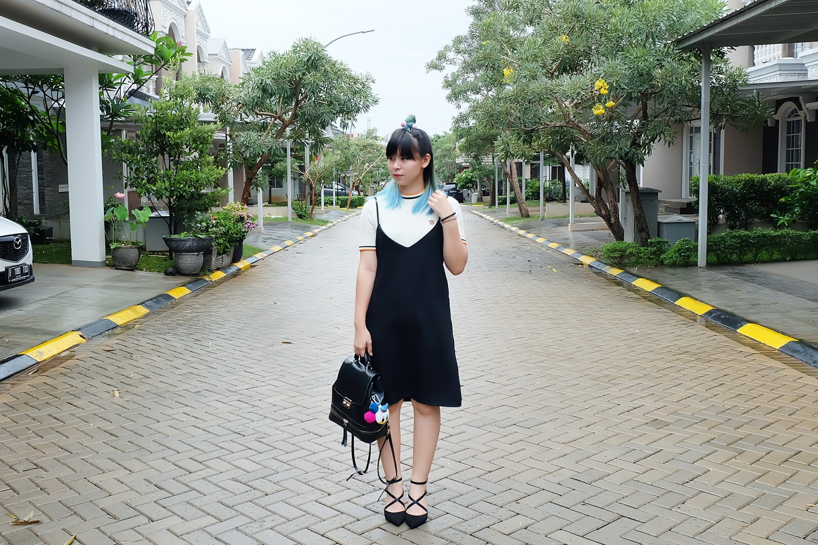 how to wear a black slip dress | www.bigdreamerblog.com