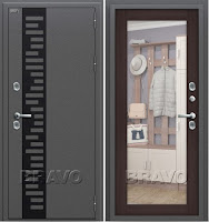 Входная дверь класса Комфорт с наружным открыванием. Изготовлена из легированной холоднокатаной стали. Двери поставляются в правом и левом исполнении.
