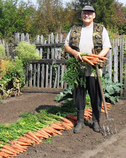 10.09. Копаю морковку