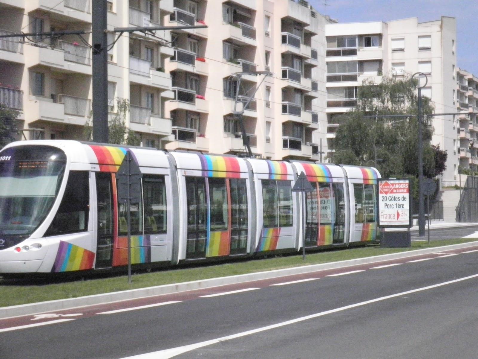 zen progr s tram et r gression bus de la qualit du service public dans les transports urbains. Black Bedroom Furniture Sets. Home Design Ideas