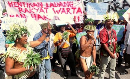 orang_asli_kelantan_bantah_ladang_rakyat_pas