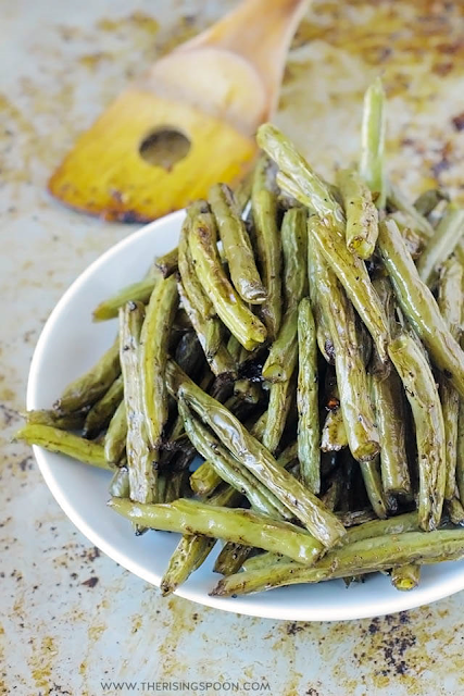 Balsamic Roasted Green Beans by The Rising Spoon