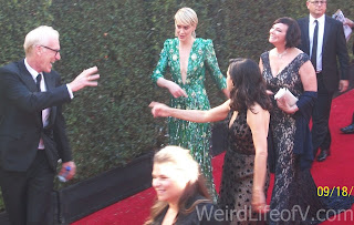 Sarah Paulson and Marcia Clark at the 2016 Emmys