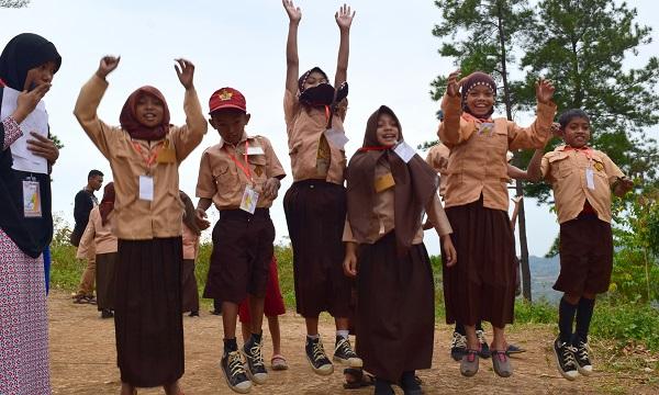 112 Anak Membutuhkan Perlengkapan Sekolah di Dusun Bara