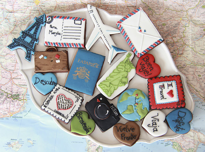 15+ Of The Best Traveler Gift Ideas Besides Actual Plane Tickets - Cookies