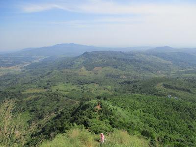 Pesona Gunung Batu Jonggol