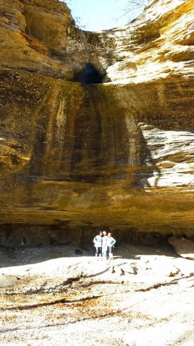 Tea Kettle Falls (No Water Running)