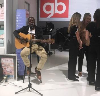 Michael Baloyi Guitar Man guitar player and singing