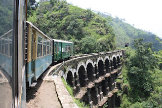 Top 10 Hill stations that every Indian must visit !