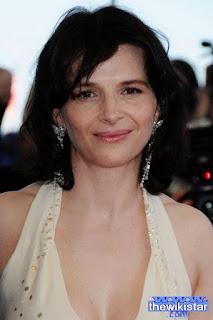 جولييت بينوش (Juliette Binoche)، ممثلة فرنسية