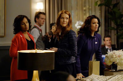 Darby Stanchfield, Kerry Washington and Bellamy Young in Scandal Season 6 (15)